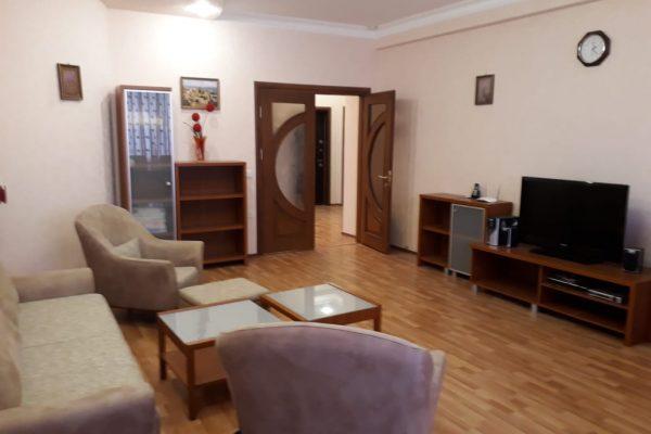 З-х комнатная квартира рядом с Низами