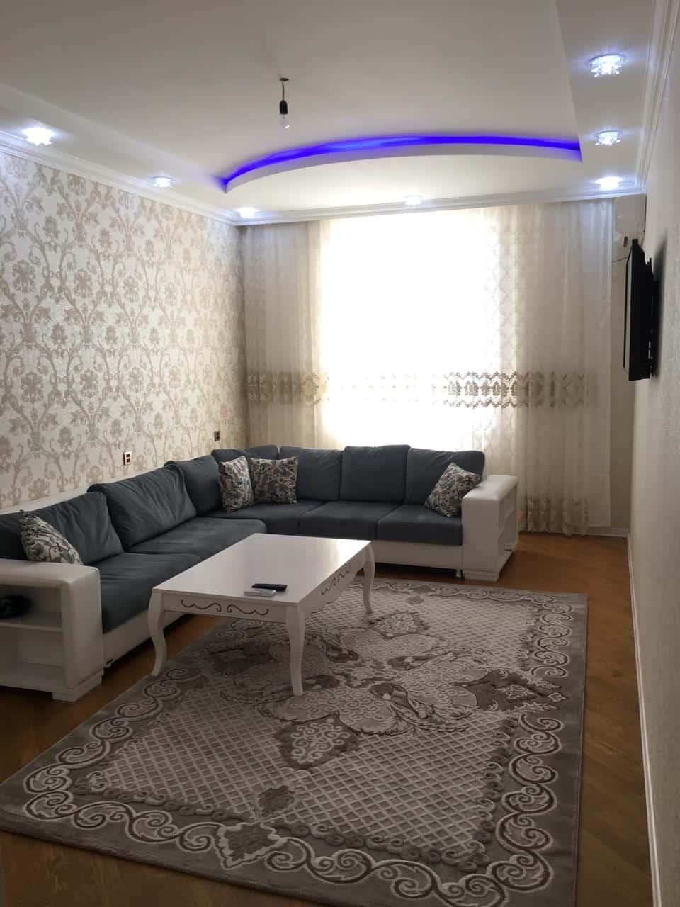 Новая трёх комнатна